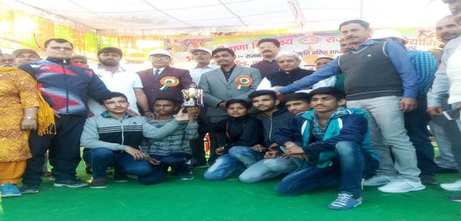 Shivam Raj  student of DAV School Pundri won Gold medal in Haryana SGFI State Yoga Championship held at Mahendergarh and select for National Yoga Championship